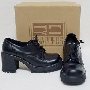Vintage 90s City Snappers Lace-up Platform Oxfords